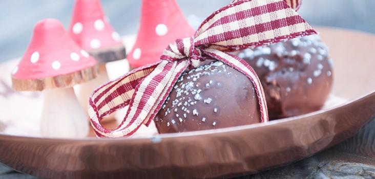 dadel-konfekt-kugler-chokolade
