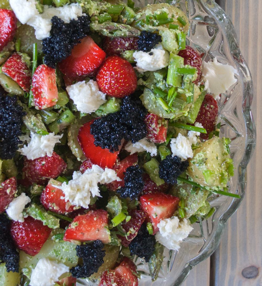 frugt med sorte kerner