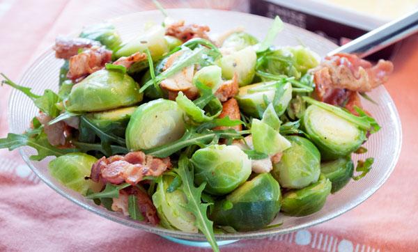 Rosenkaal-salat-kylling-bacon