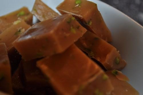 Karameller med pistacienødder