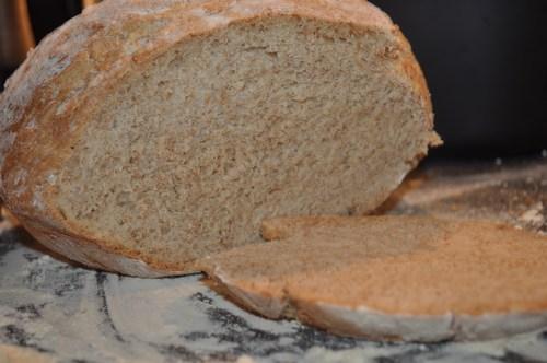 Brød bagt i fad