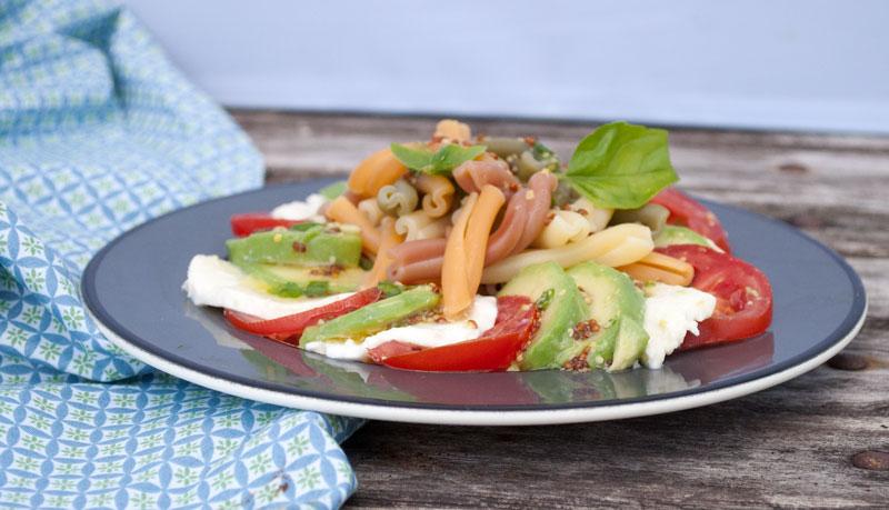 tomat-avocado-mozzarella