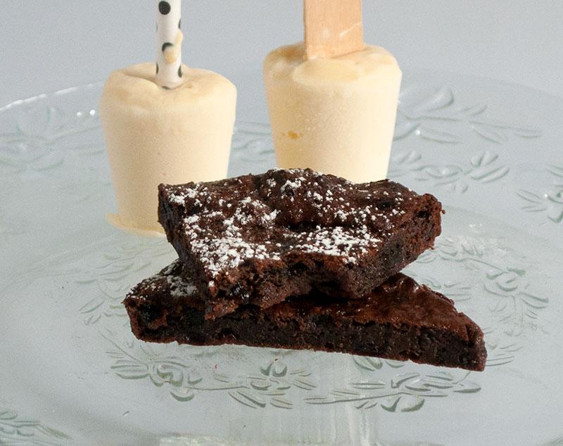 Svesket chokoladekage