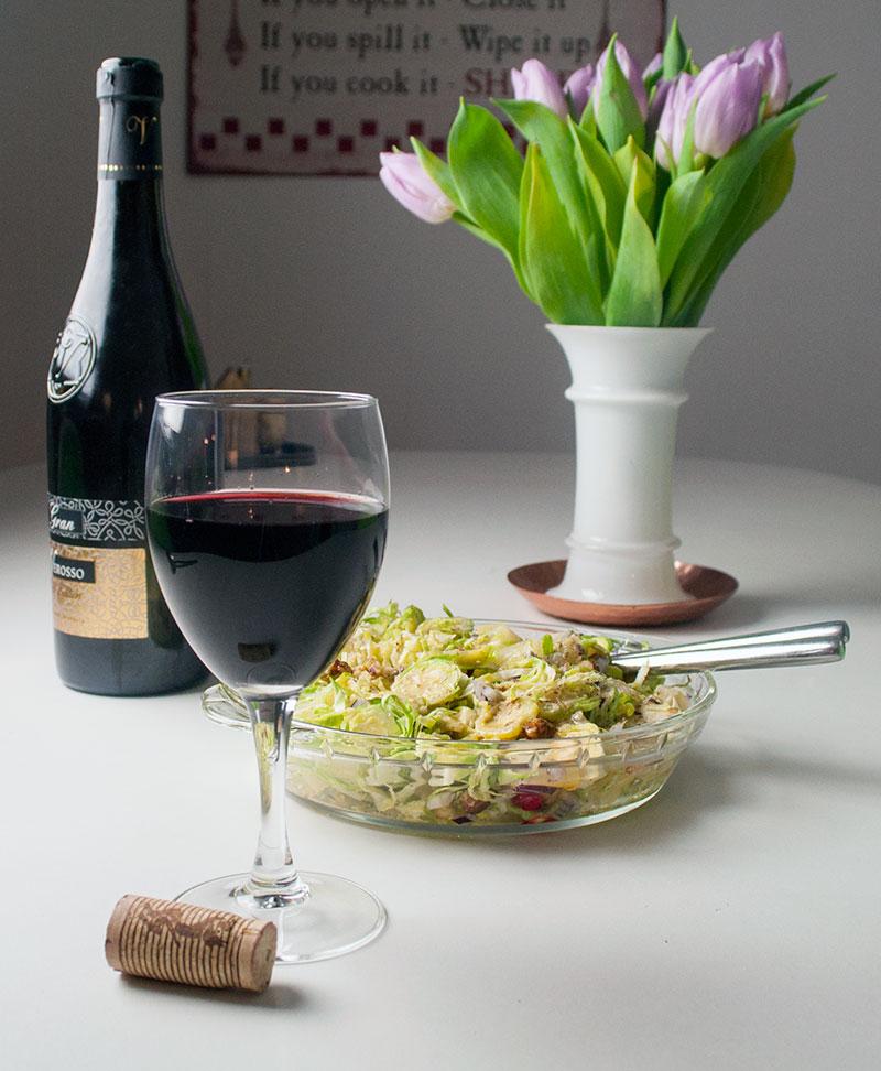 Lørdag aften og god mad kræver et glas god rødvin.