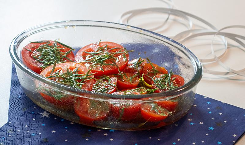 Langtidsbagte tomater med grannåle