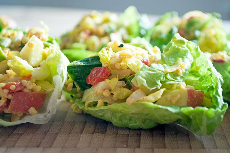 Salatbåde og brød