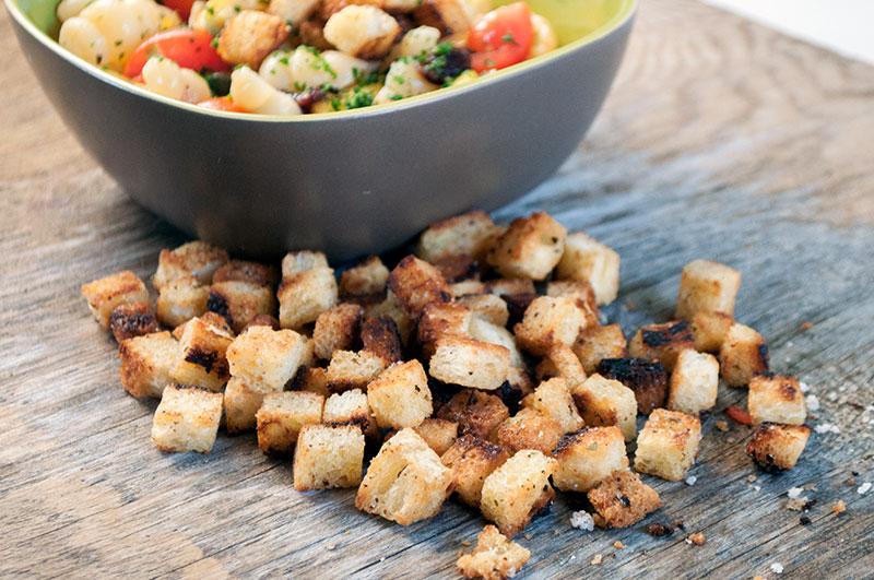 pasta-salat-croutoner-03