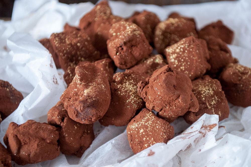 Mørke Chokoladetrøfler med kakao