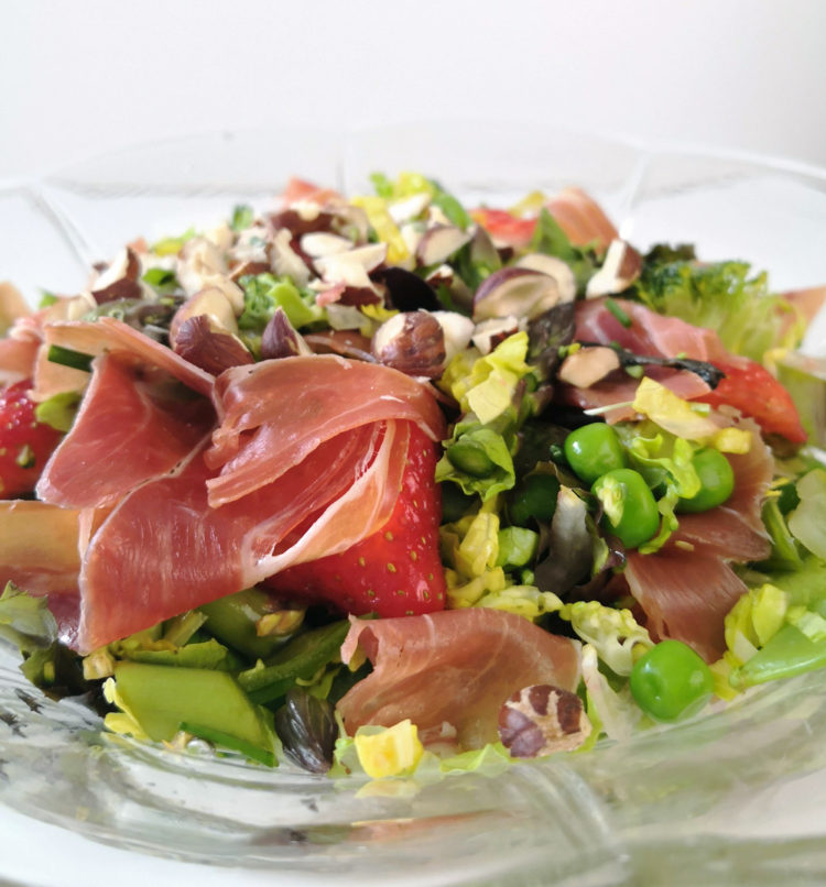 Salat med smag af sommer