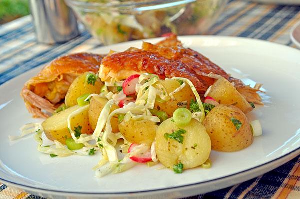 Kylling med lun kartoffelsalat