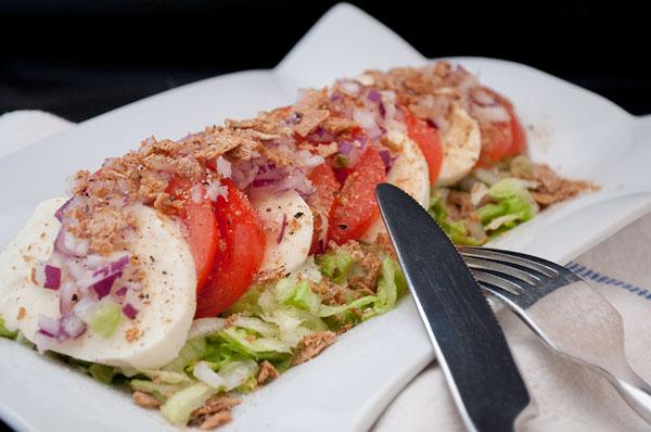 frokostsalat-mozarella-tomat-rodlog